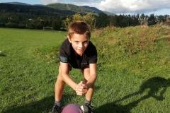 Felix-Dabringer-Gymnastikball-Hocke